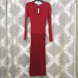 Chelsea28 red, pleated midi dress. Size S.